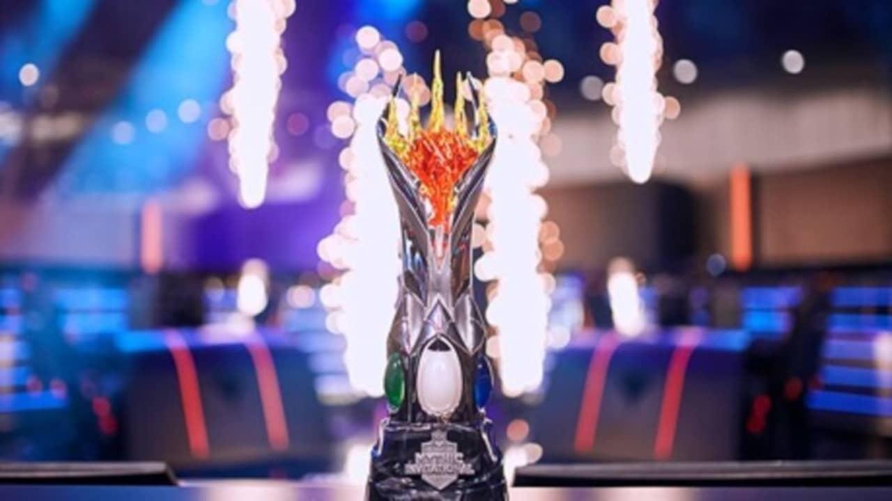 Mythic-Championship-MTG-Trophy1280